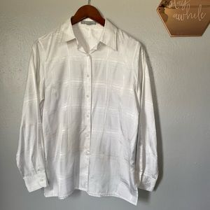 Fox Croft White Monocrom Plaid button up 6